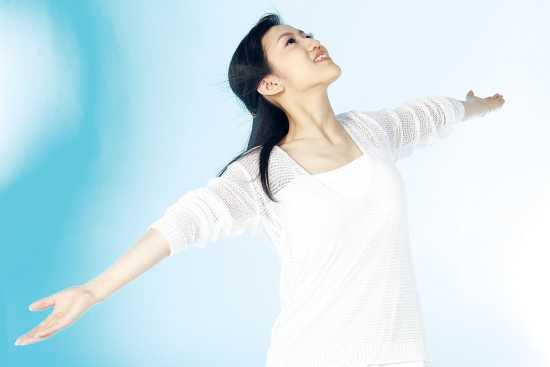 http://www.dreamstime.com/free-stock-image-korean-woman-rimagefree895014-resi3135722